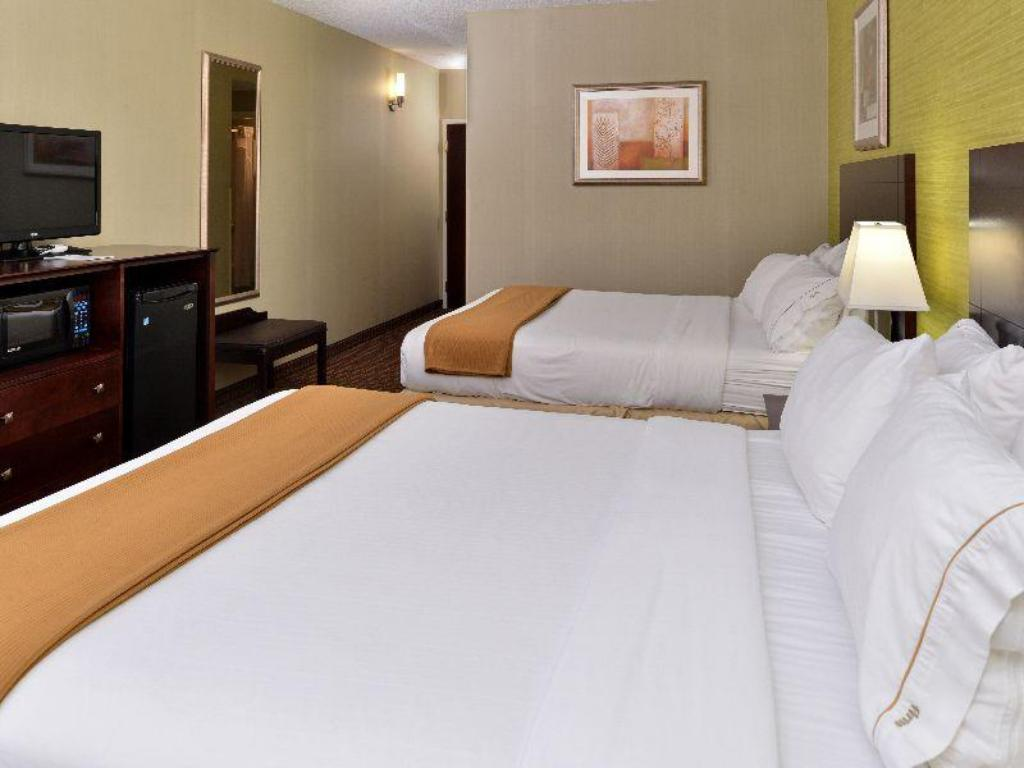 Все фотографии: 21 Holiday Inn Express Hotel & Suites Indianapolis W - Airport Area