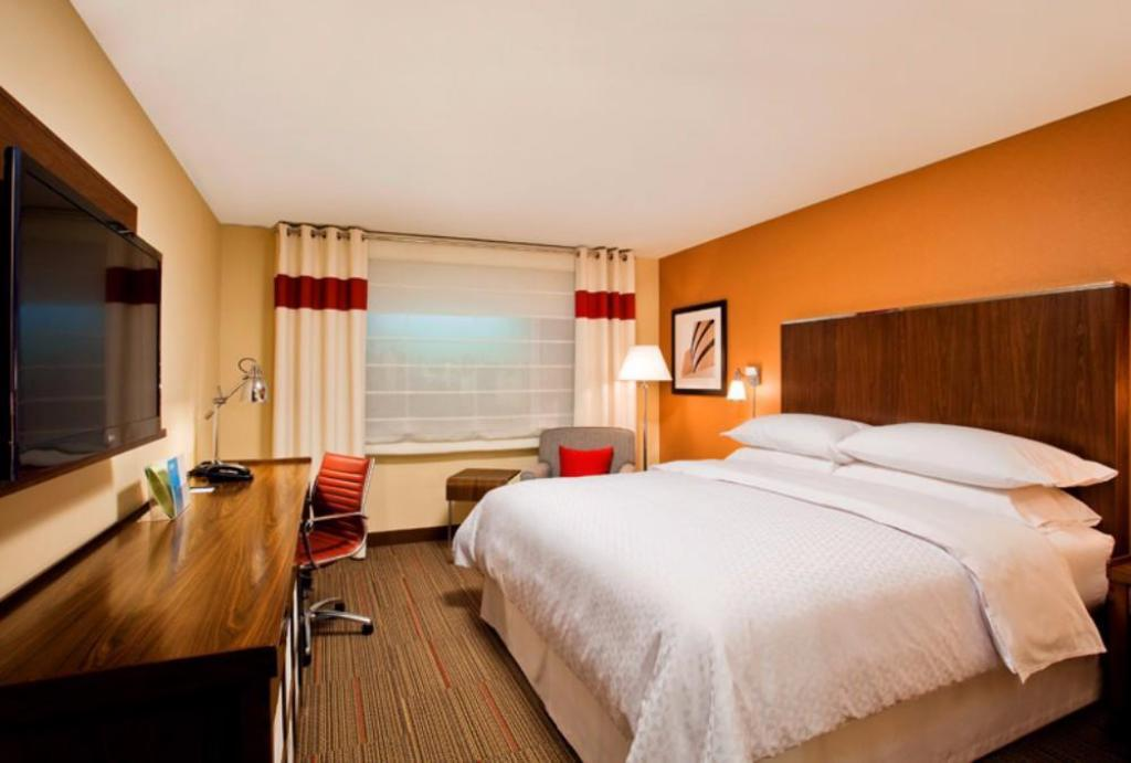 See all 19 photos Four Points by Sheraton Cleveland Airport