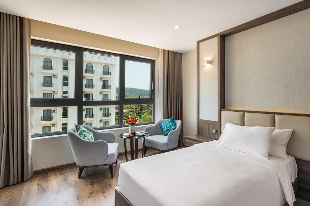 Sunset Beach Resort Spa Hotel Phu