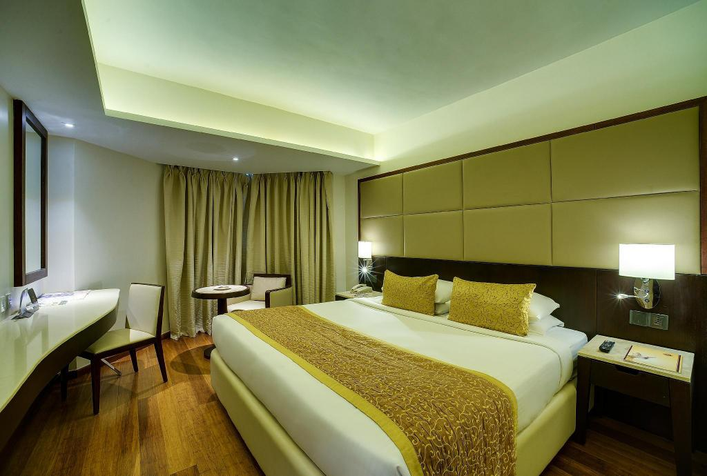 Executive Room Ramee Guestline Juhu Hotel