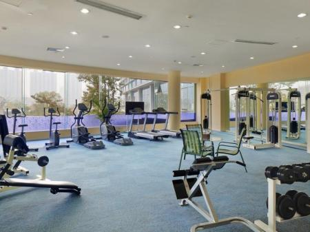 Fitnesa centrs Holiday Inn Chengdu Century City West
