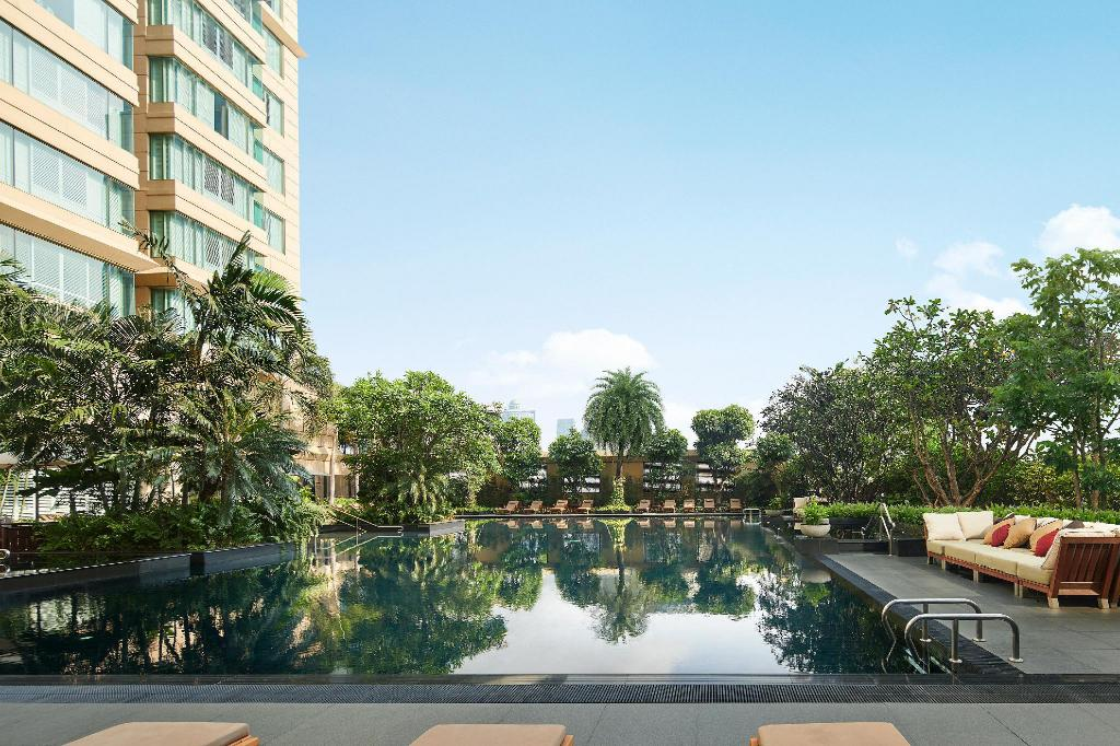 Swimming pool [outdoor] Grande Centre Point Hotel Ratchadamri