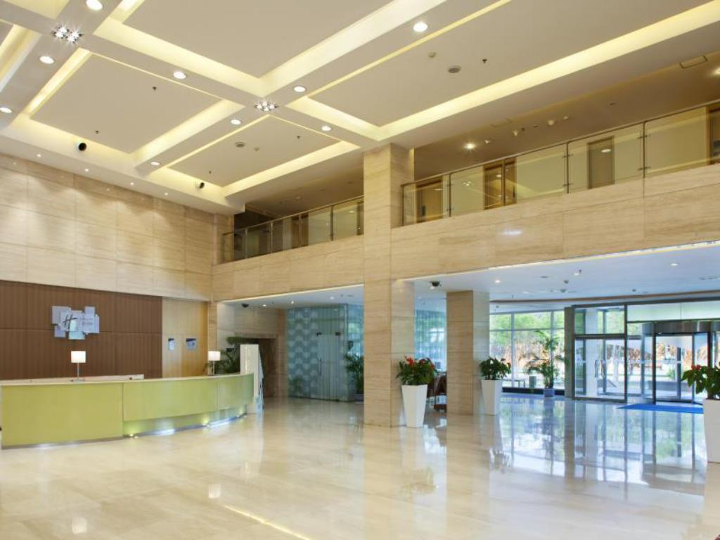 Vestíbul Holiday Inn Express Tianjin Airport