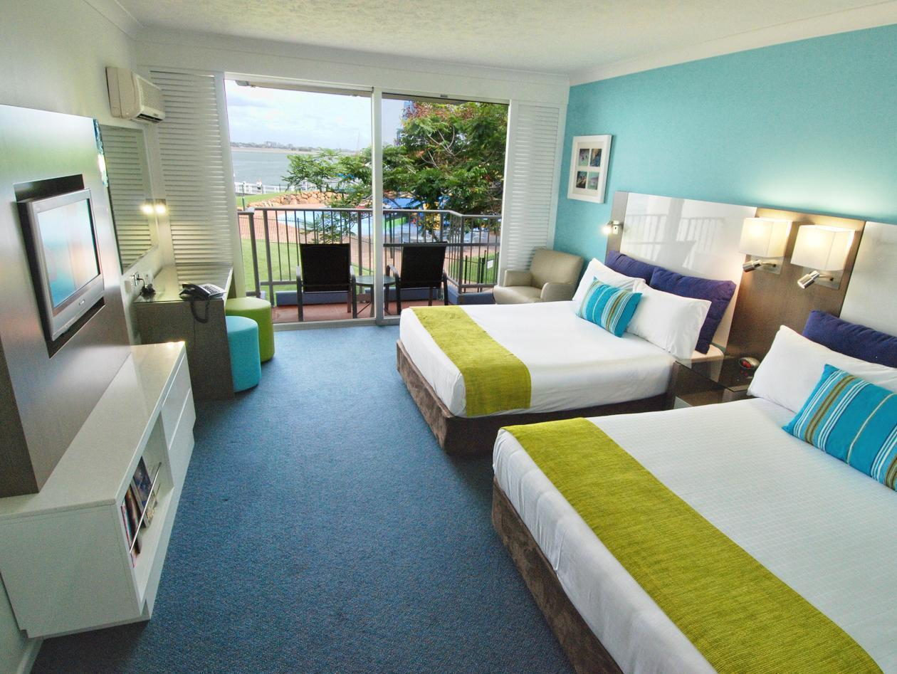 Resort Double Room with Sea World Entry
