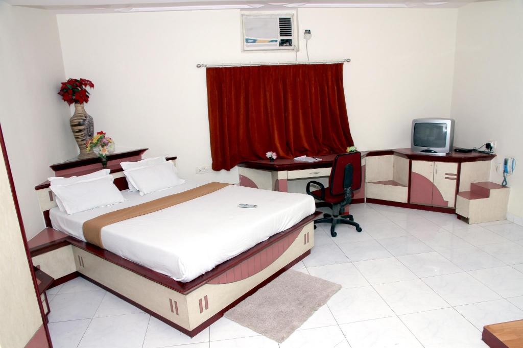 Hotel Ravikiran Executive RITZ Group