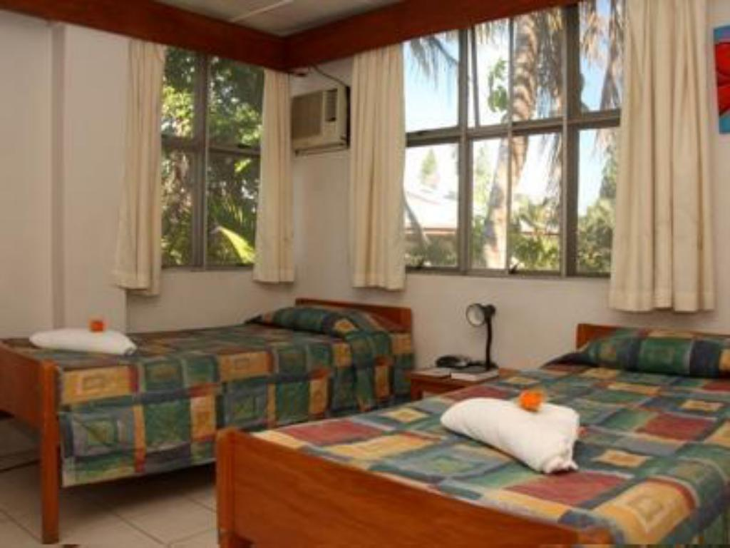 Standard Air Conditioning (Shared Bathroom) - Guestroom Nadi Bay Hotel