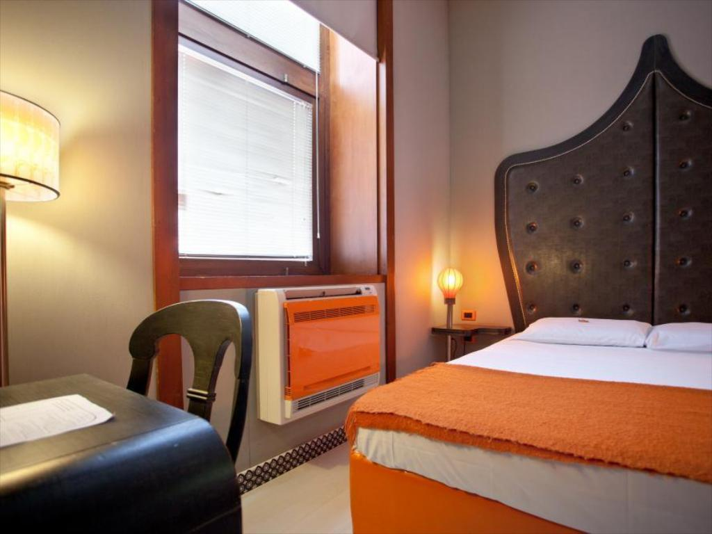 Orange Hotel Rome Reviews