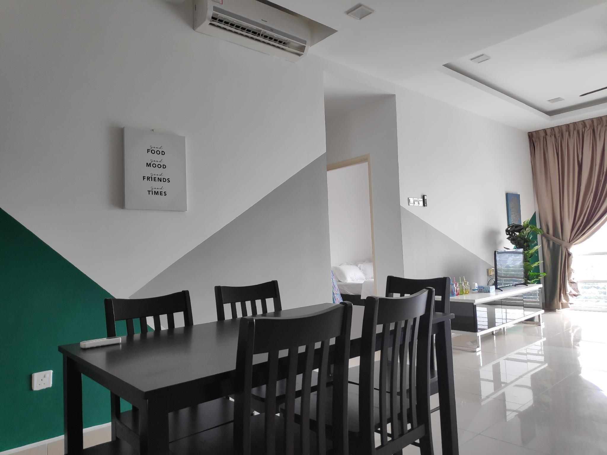 3 Room Near Legoland & Second link @ Nusa Height Entire ...