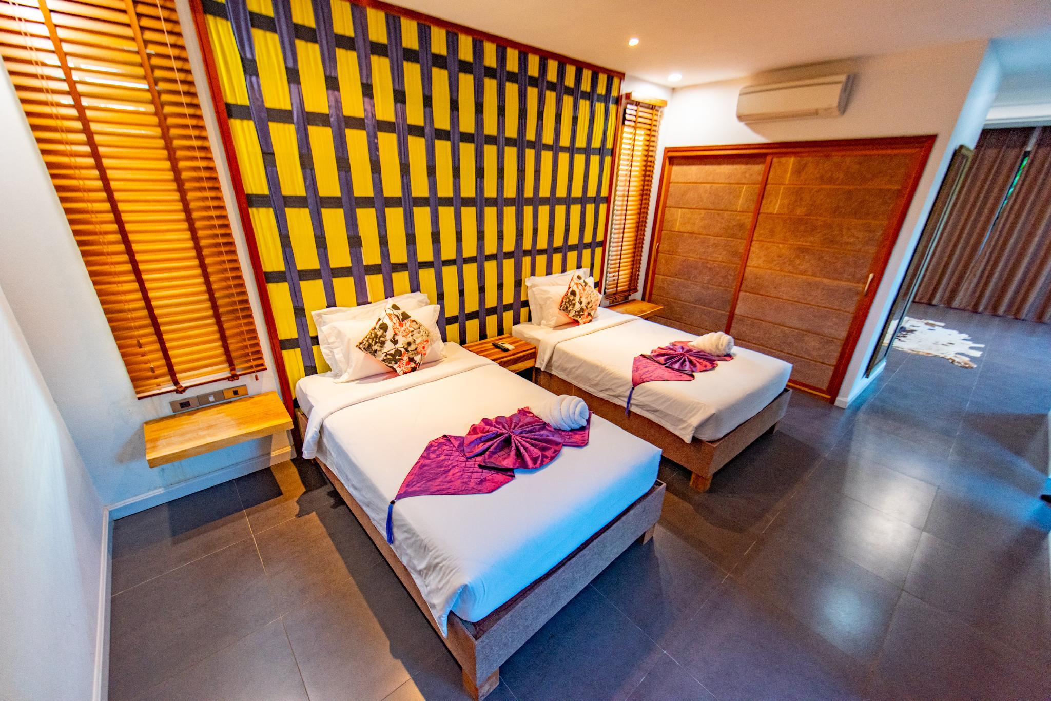 Kamar Superior dengan 2 Kasur Single (2 Twin Superior Room)
