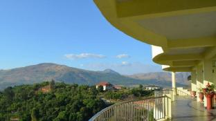 Sunset Bay View Subic Luxury Apartment