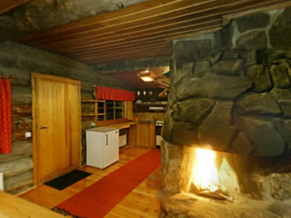Large Chalet (5 Adults)