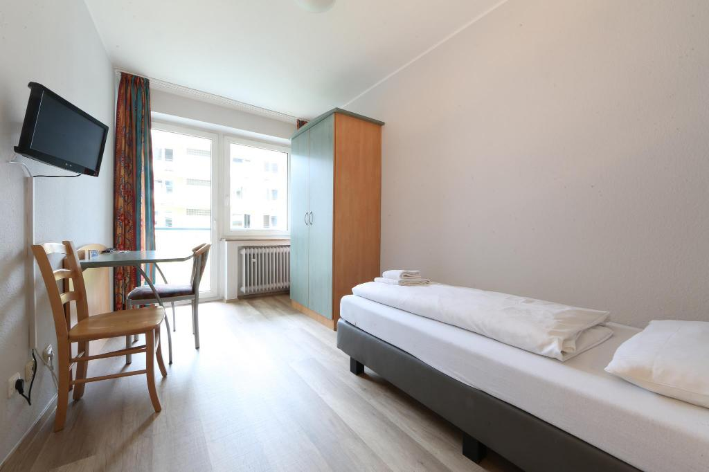 Single Room - Bed a&o Munich Hauptbahnhof