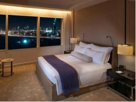 Deluxe Room InterContinental Dubai Festival City