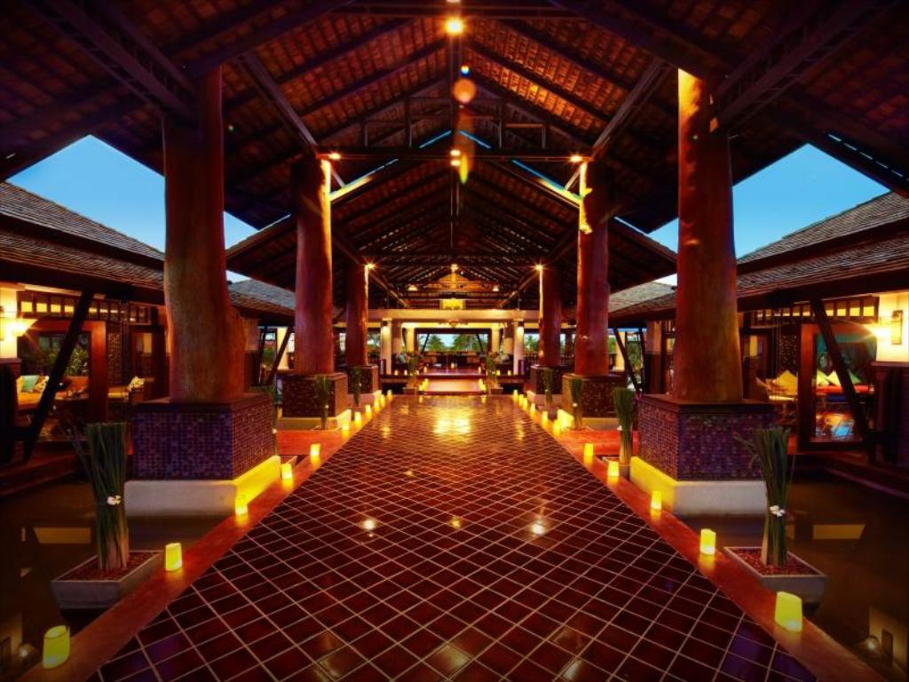 Лобби Melati Beach Resort & Spa