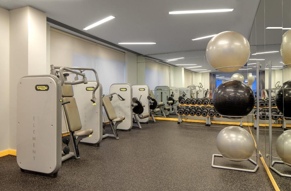 Fitness center Crowne Plaza Dubai Festival City