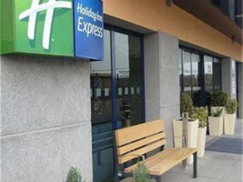 נוף חוץ Holiday Inn Express Onda Provincia De Castellon