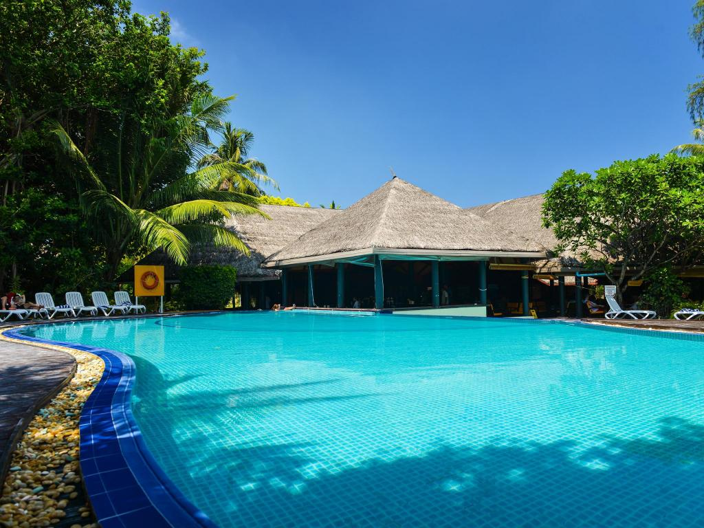 Swimming pool [outdoor] Adaaran Prestige Ocean Villas