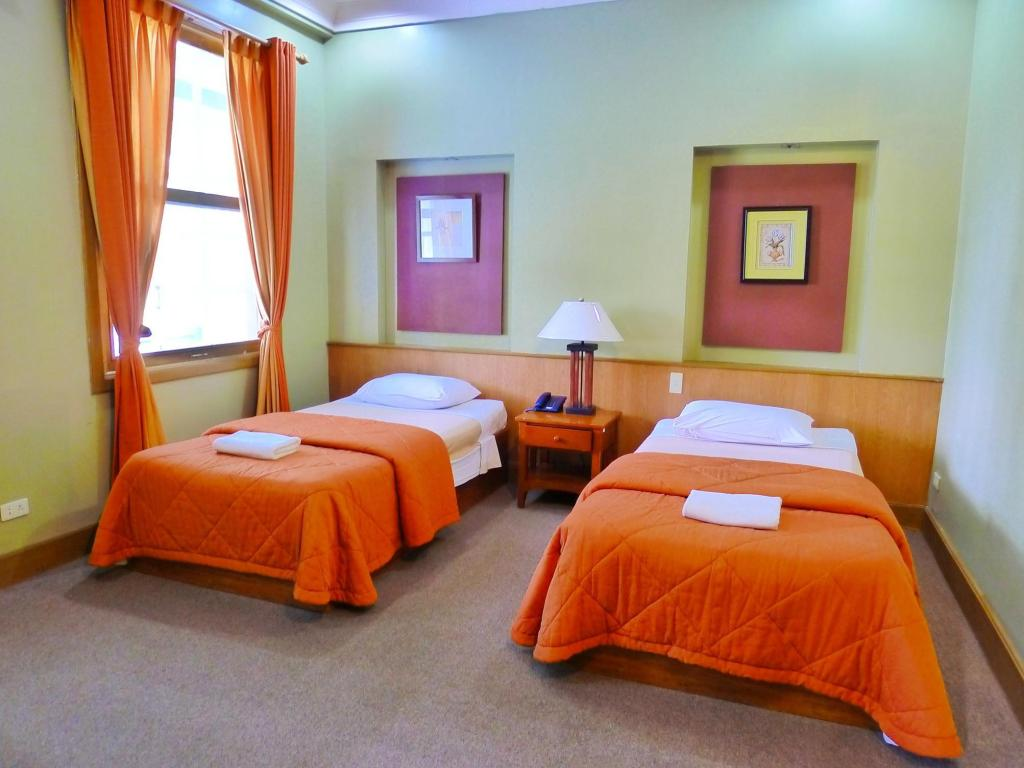 Executive Standard Room AIM Conference Center Baguio Hotel