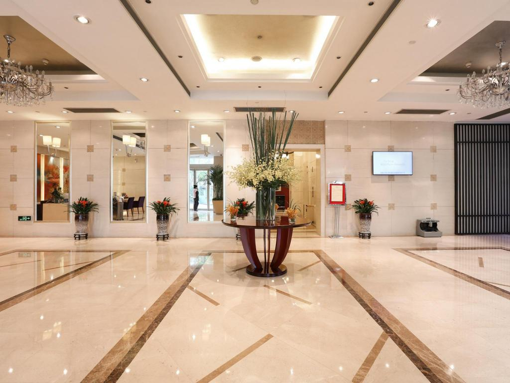 Lobby Howard Johnson Huaihai Hotel Shanghai