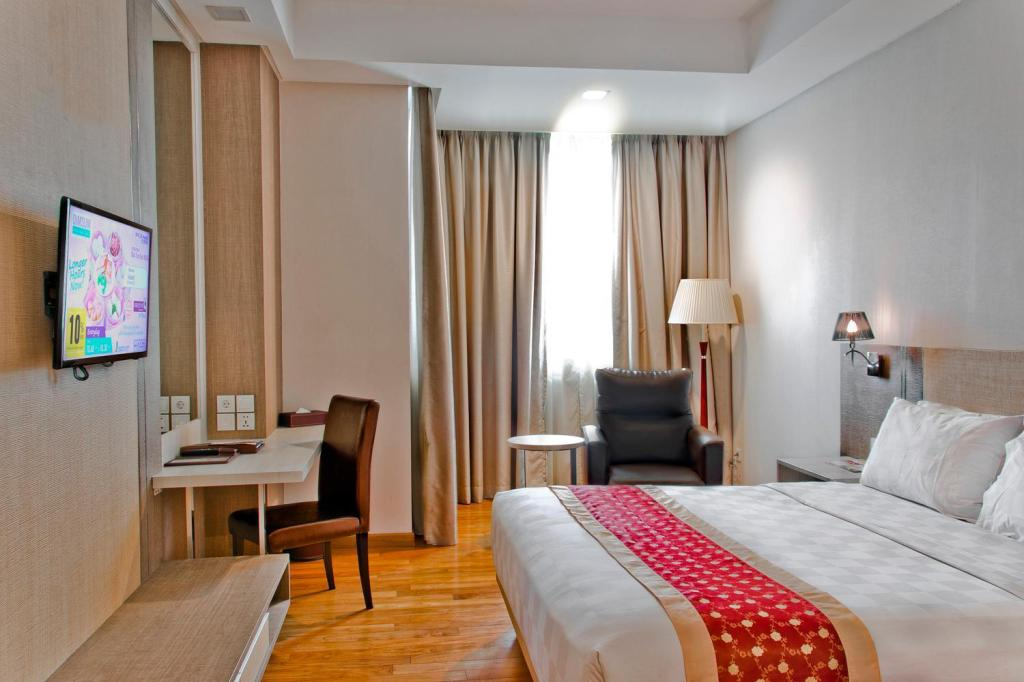 Superior Queen - Bed Nagoya Hill Hotel Batam