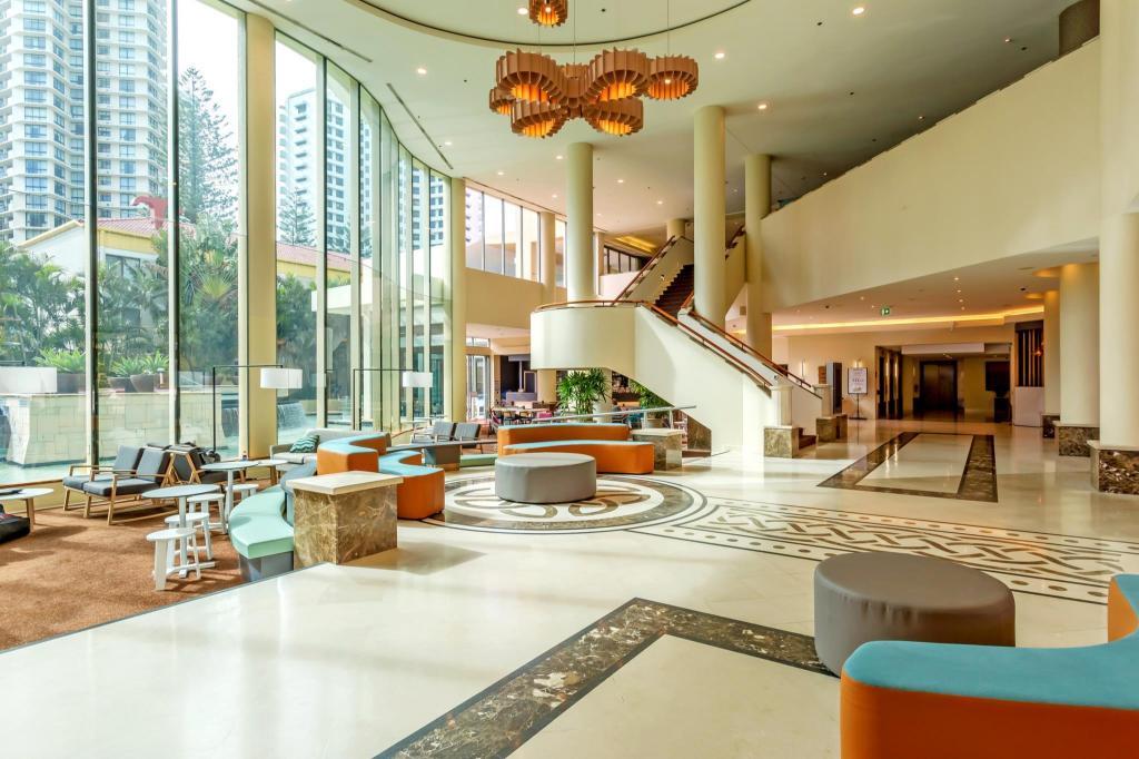 mantra legends hotel in gold coast room deals photos