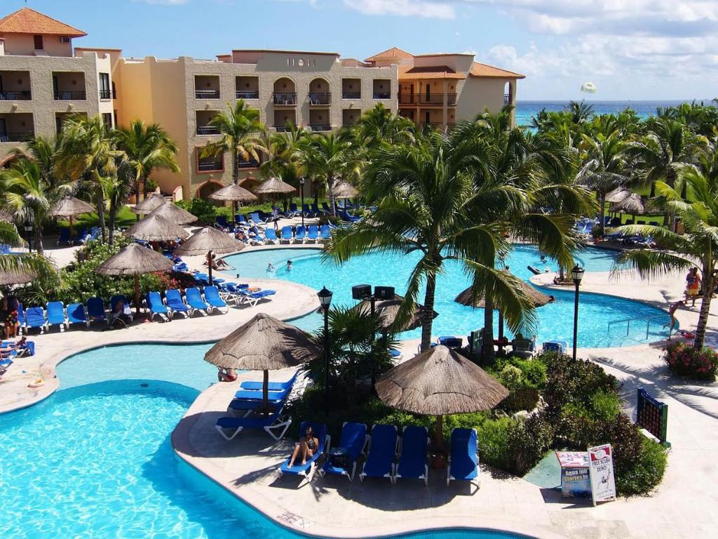 Sandos Playacar Beach Resort - All Inclusive