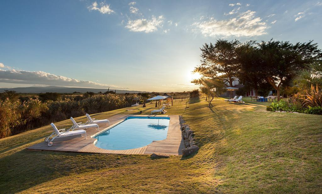 Swimming pool [outdoor] De Zeekoe Guest Farm