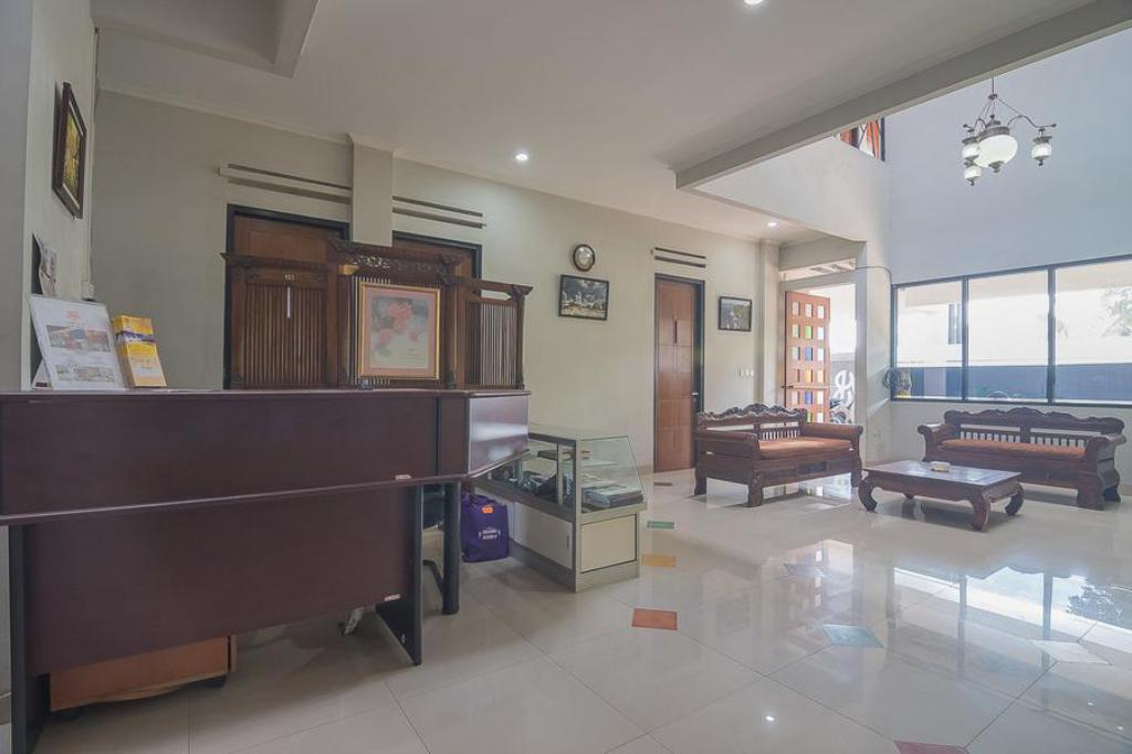Best Price On Reddoorz Near Kampung Wisata Cigagak In