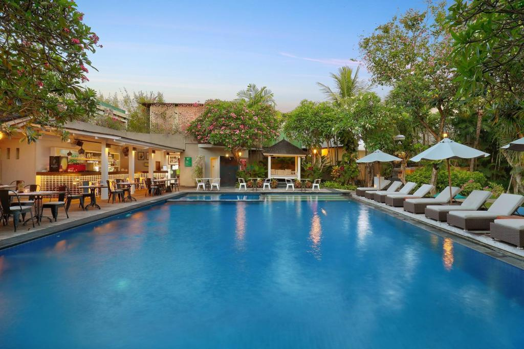 utomhuspool Kamuela Villas and Suite Sanur