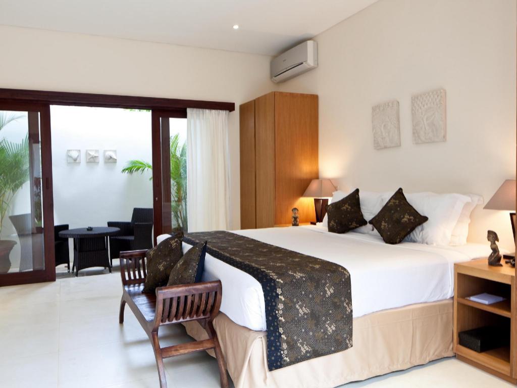 agoda bali 4 bedroom villa. interior view agoda bali 4 bedroom villa