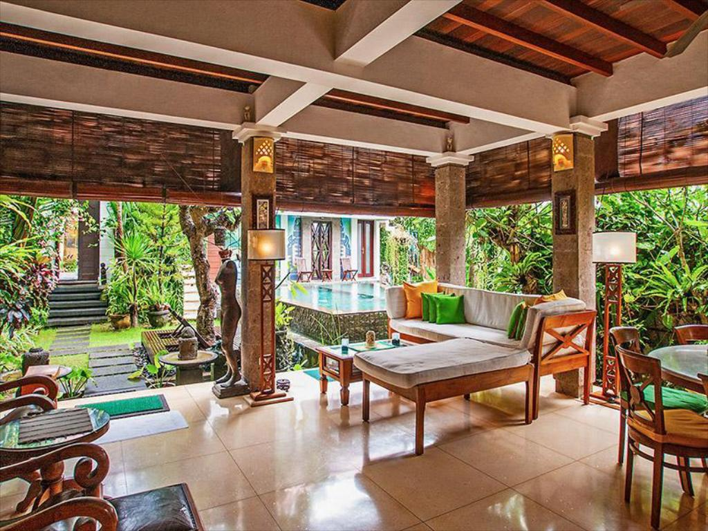 Hotellet indefra Umah Watu Villas