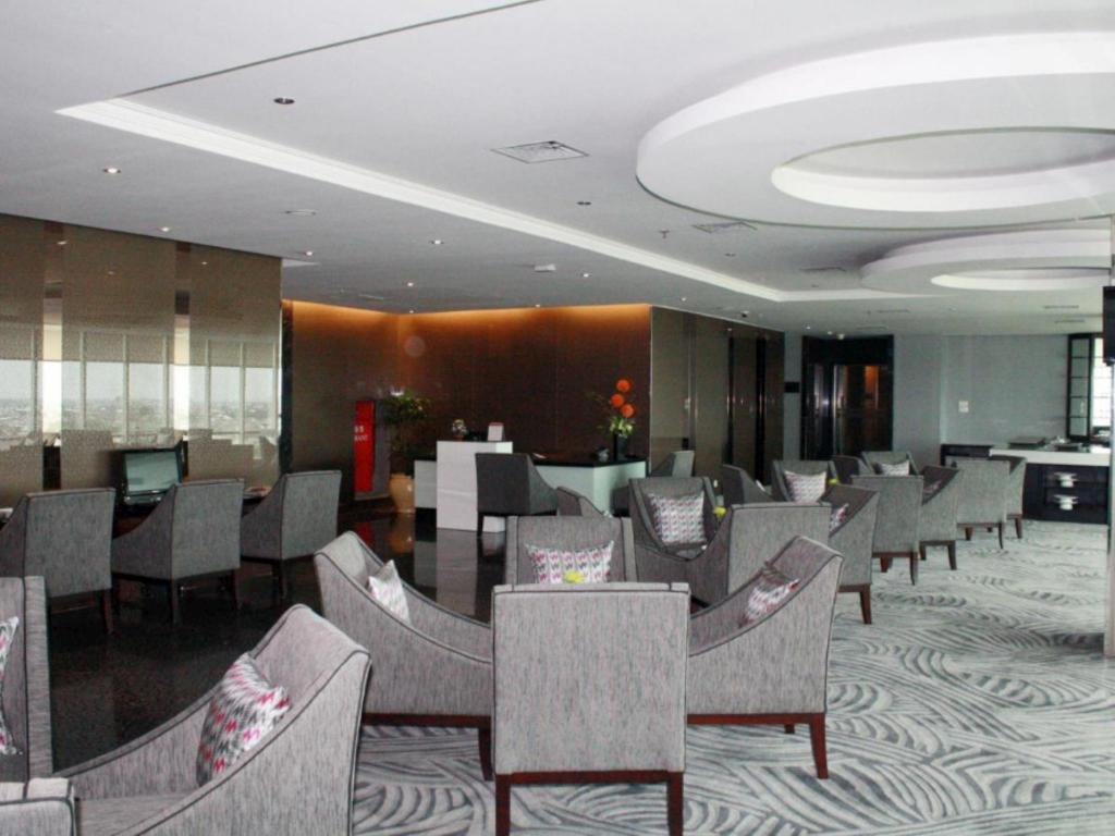 Interior view Grand Clarion Hotel and Convention