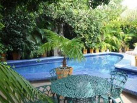 Swimming pool Hostal Real - Los Robles