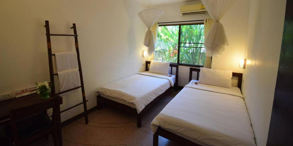 Single Bed in Mixed Dormitory Room - Bed Eco Resort Chiang Mai