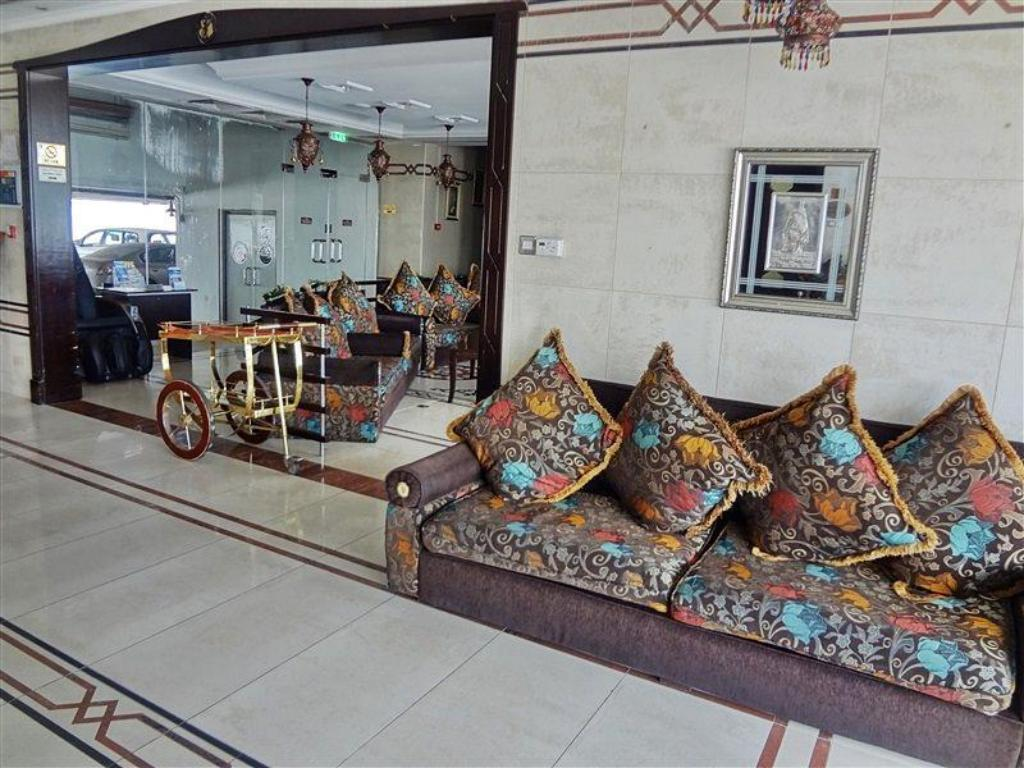 Foyer Al Jawhara Hotel Apartments