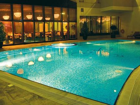 Swimming Pool Outdoor Flora Park Deluxe Hotel Apartments