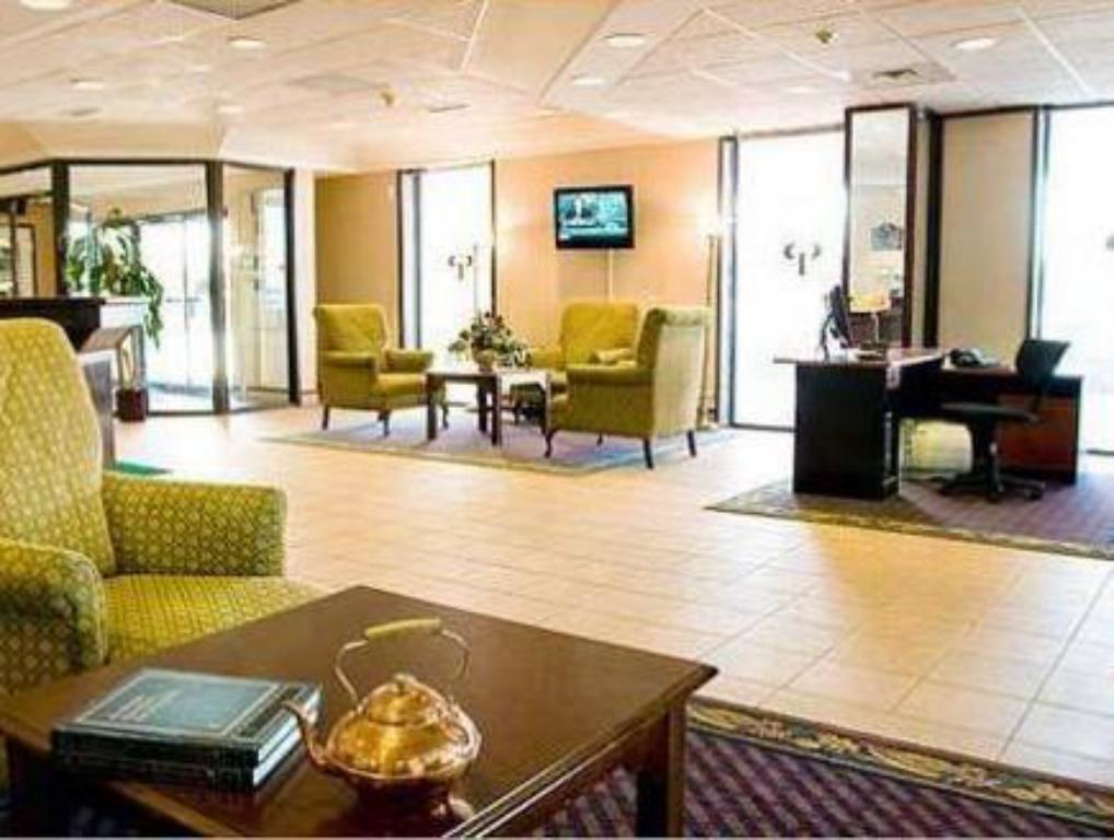 Lobby Star Express Inn and Suites