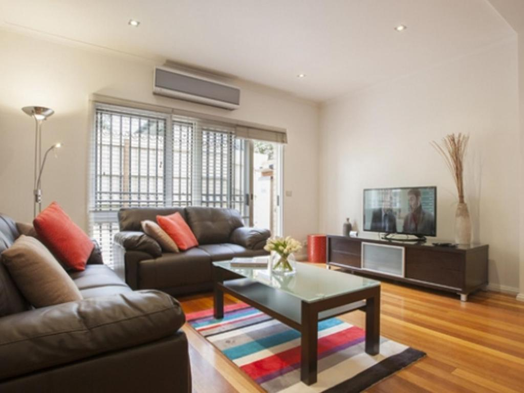 Interior view Boutique Stays - Melrose Terrace, Townhouse in North Melbourne