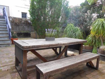 Balcony/terrace Coogee Beachside Budget Accommodation