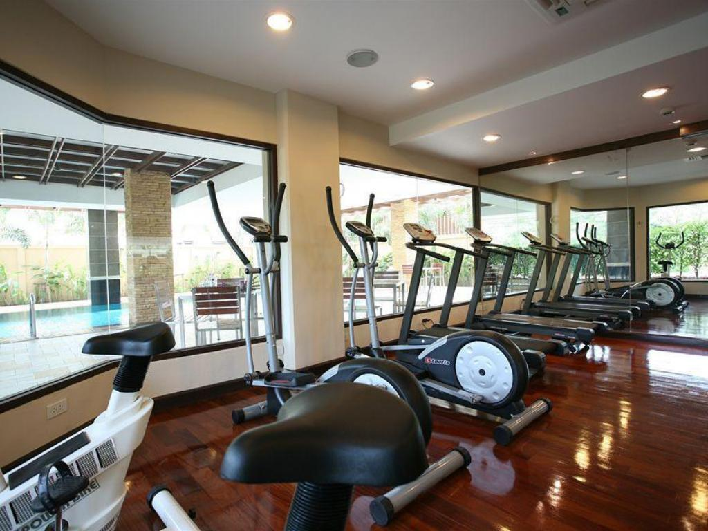 Fitness center Thomson Residence Hotel