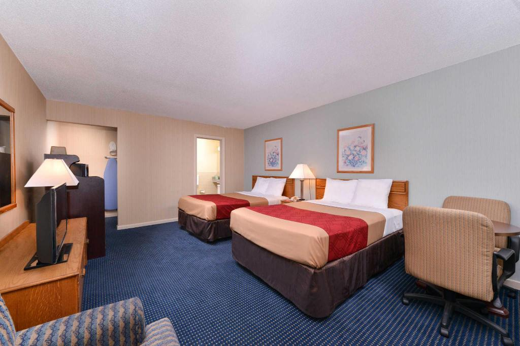 See all 30 photos Econo Lodge