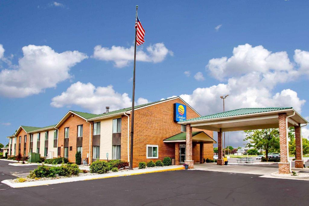 More about Comfort Inn Racine