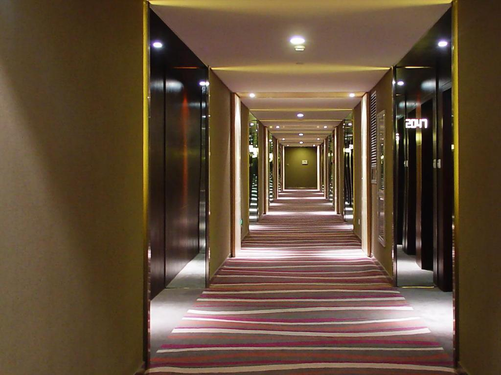 Interior view Victoria Regal Hotel Zhejiang
