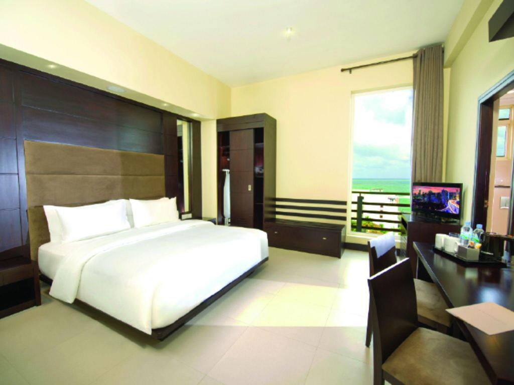 Deluxe Double Fair View Hotel Colombo