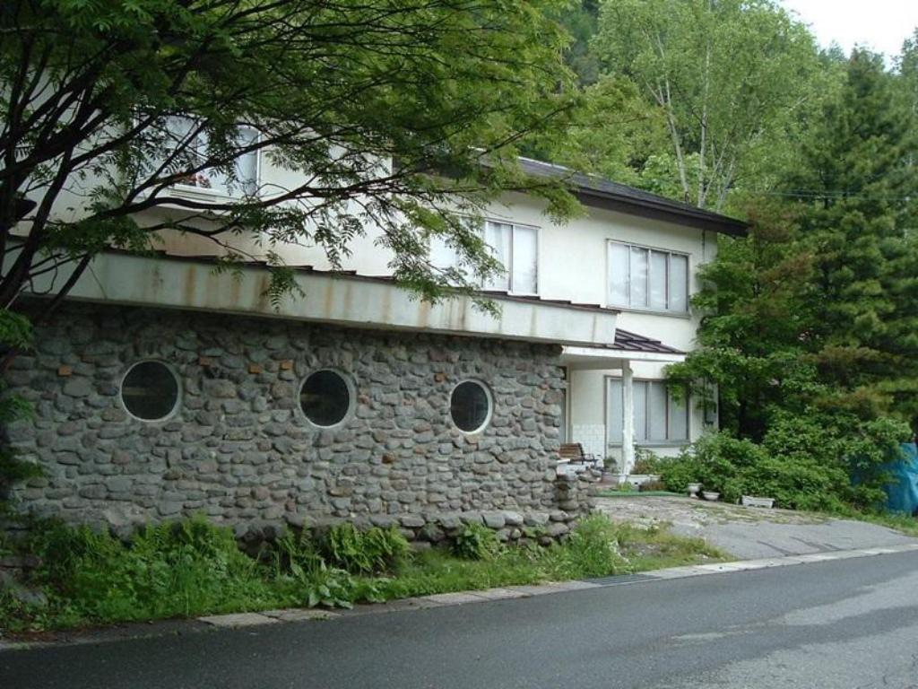 Vista Exterior Onsen Inn 36So