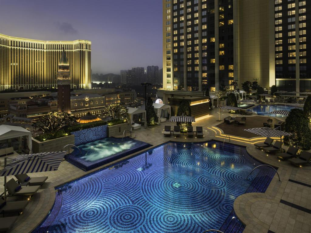 Best price on hotel the st regis macao cotai central in for The st regis
