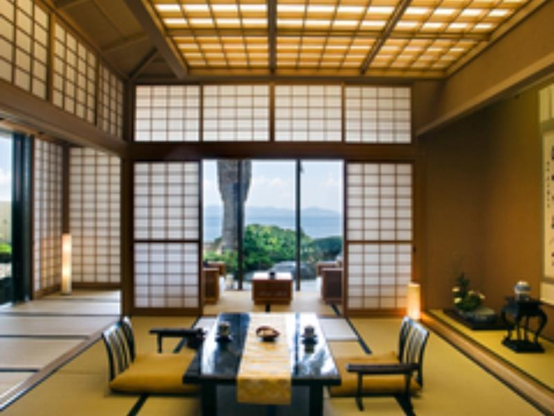 プレミアム 和洋室 露天風呂付 (Premium Room with Tatami Area and Open-Air Bath)