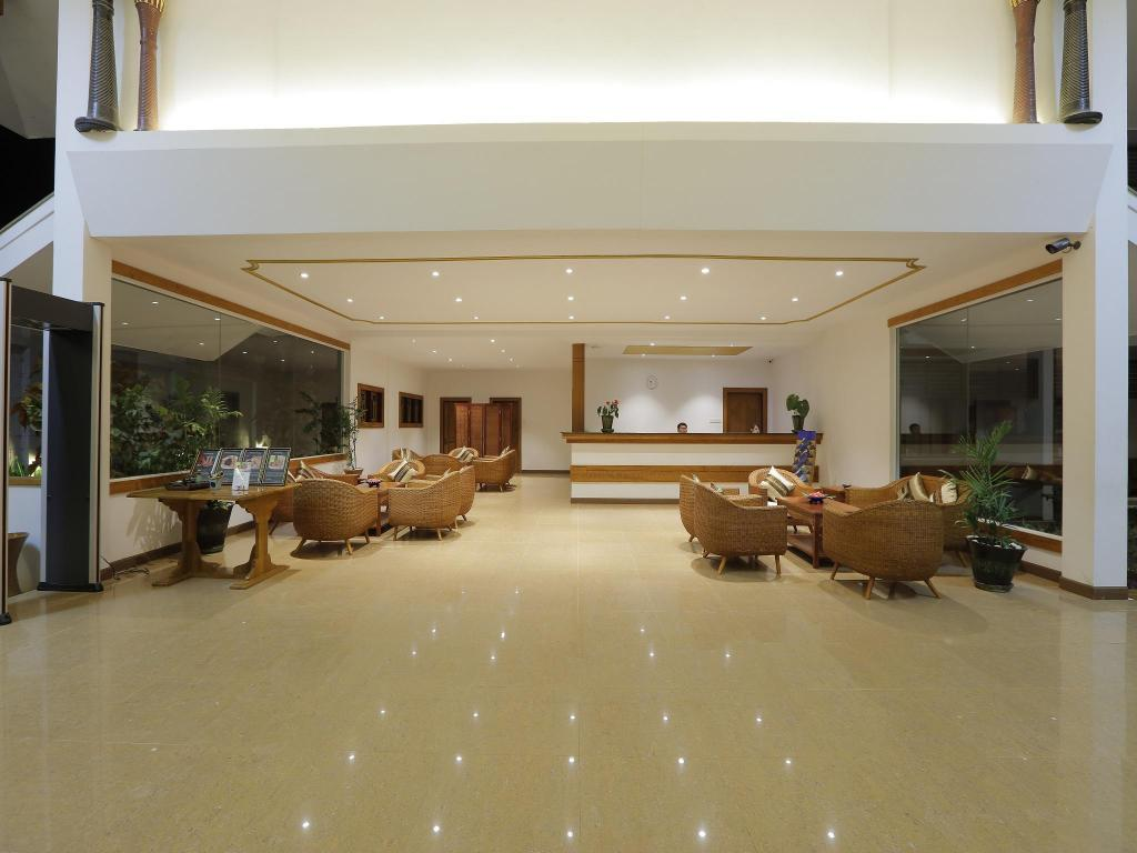 Lobby Ananta Inlay Resort