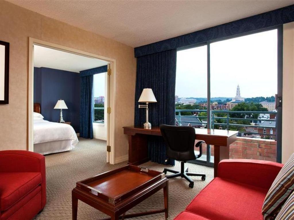 Suite Sheraton Suites Old Town Alexandria