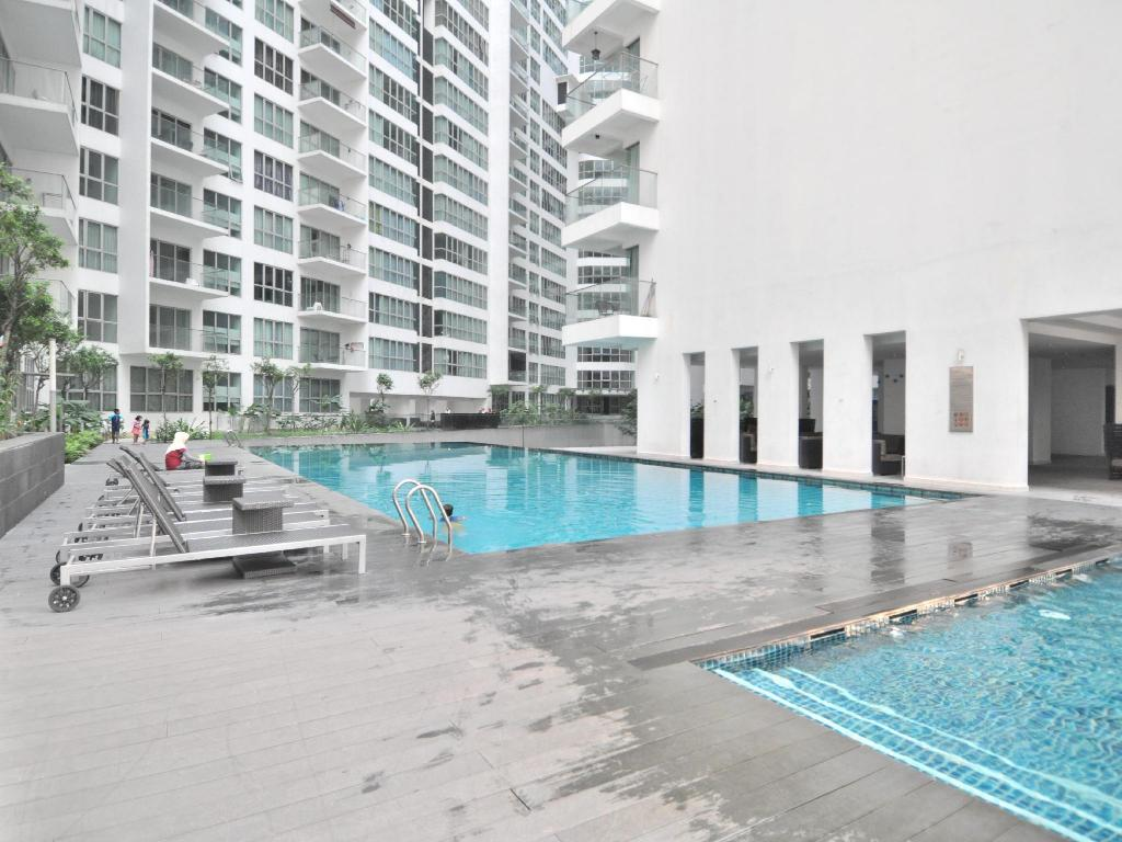 Best Price On The Best Klcc View Regalia Residences In Kuala Lumpur Reviews